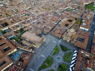 Vue du ciel de la Plaza de Armas