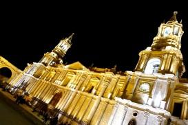 La cathédrale de la Place des Armes