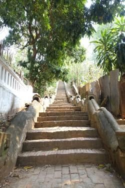 laos_luang-prabang DSC08108