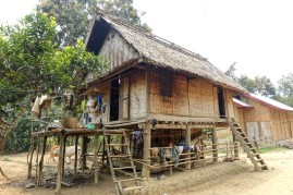 laos_muang-ngoy DSC07443