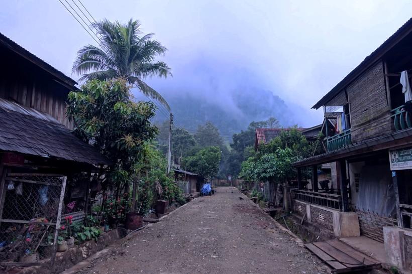 laos_muang-ngoy DSC07471