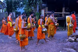 laos_muang-ngoy DSC07493