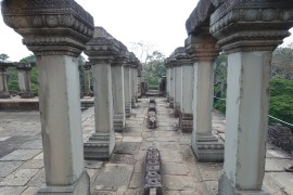 cambodge_siem-reap_angkor DSC00526_baphuon