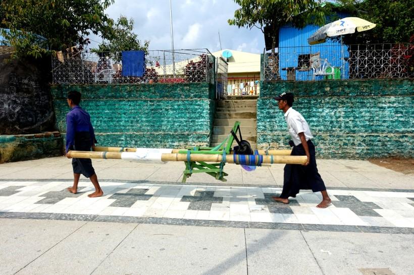 Myanmar_Kinpun_GoldenRock DSC02395