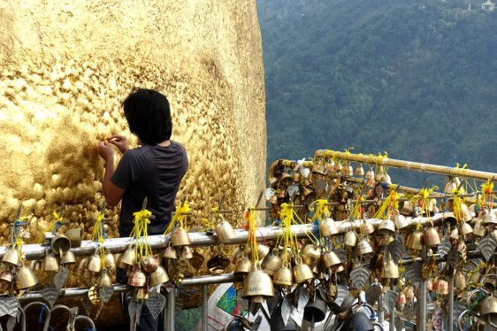 Myanmar_Kinpun_GoldenRock DSC02419