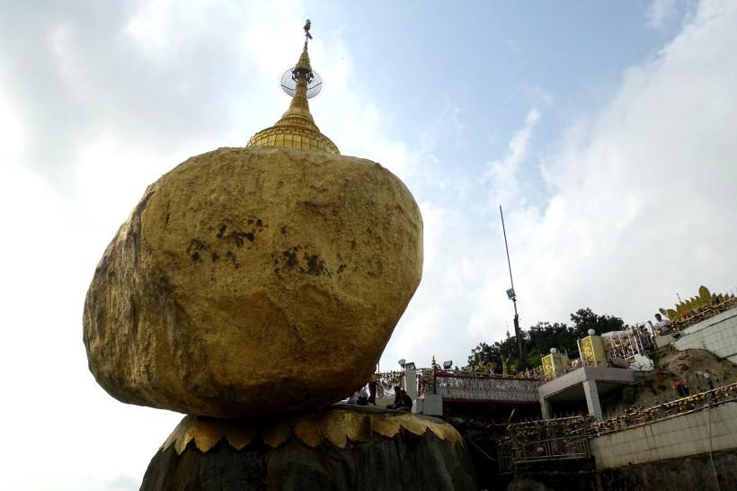 Myanmar_Kinpun_GoldenRock DSC02453