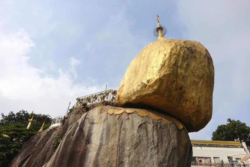 Myanmar_Kinpun_GoldenRock DSC02456